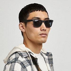 Black matte smoke lens retro sunglasses