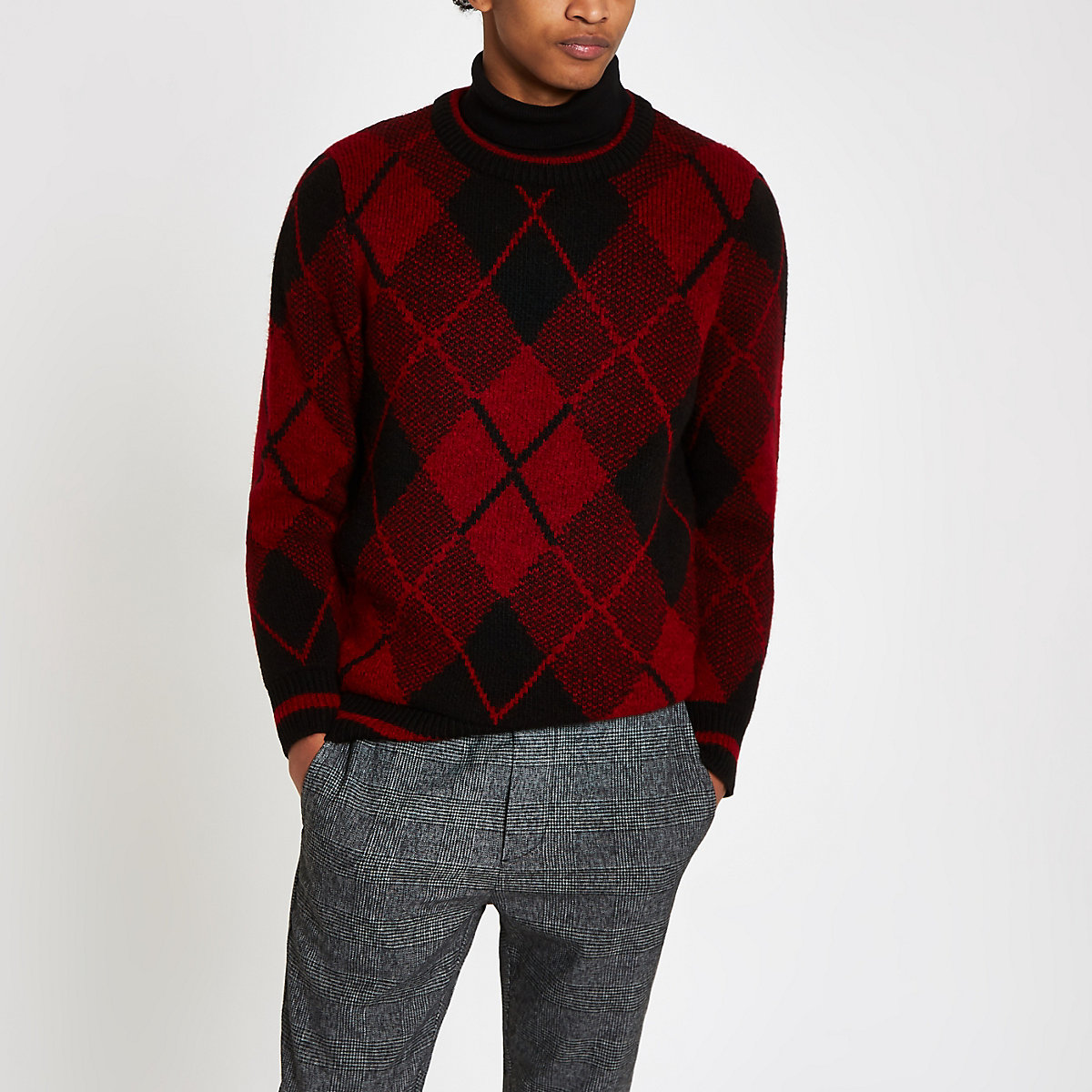 Red argyle slim fit crew neck sweater