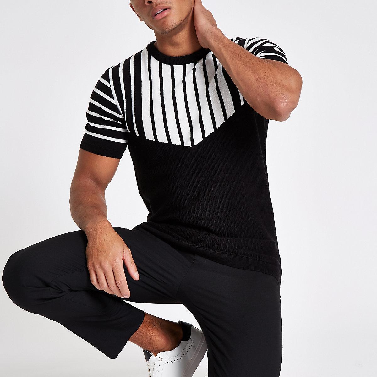 Black knit slim fit chevron split T-shirt