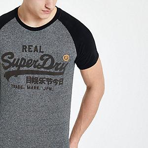 Superdry – T-shirt noir à manches raglan