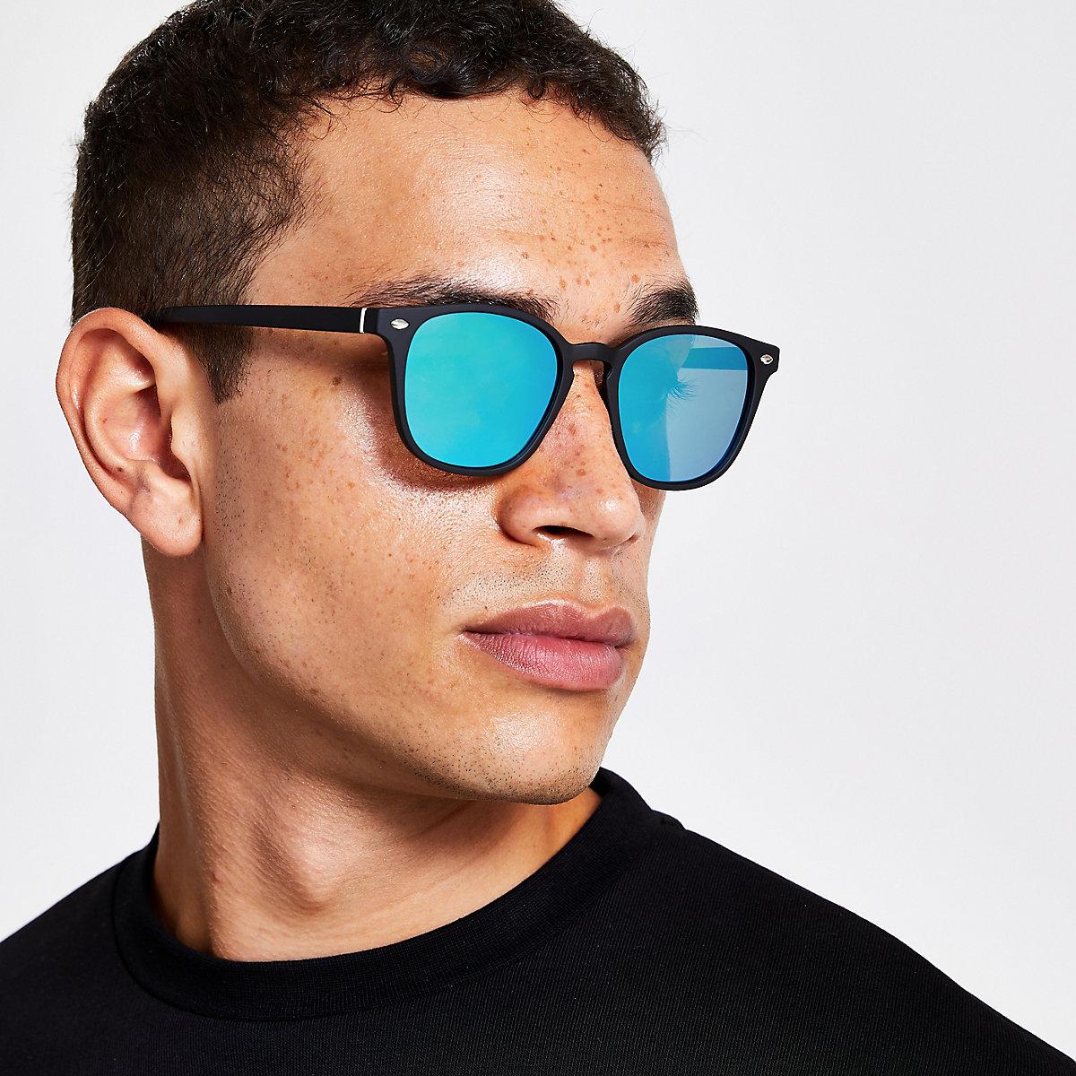 Black slim retro square sunglasses