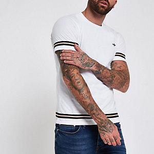 T-shirt blanc à manches courtes et bande contrastante