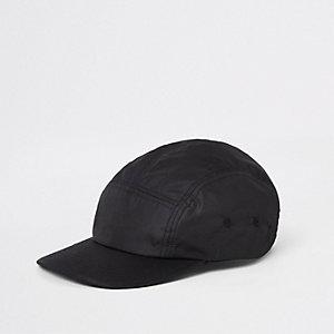Black panel detail cap