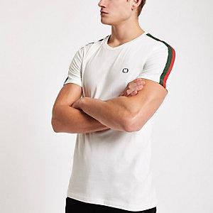 Criminal Damage – Weißes, kontrastierendes T-Shirt