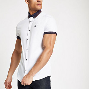 Chemise imprimé cachemire blanche à col boutonné