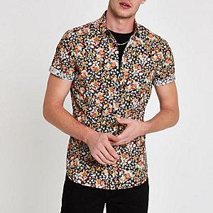 Chemise noire à imprimé fleuri et manches courtes
