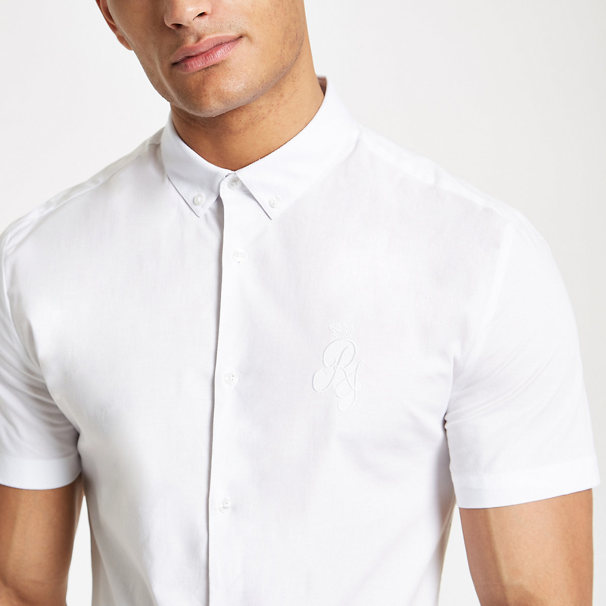 White muscle fit RI embroidered poplin shirt