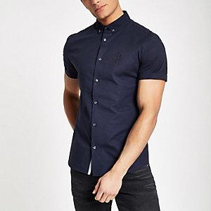 Chemise en popeline ajustée bleu marine avec logo RI brodé