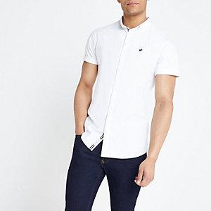Wit aansluitend oxford overhemd met geborduurde vogel