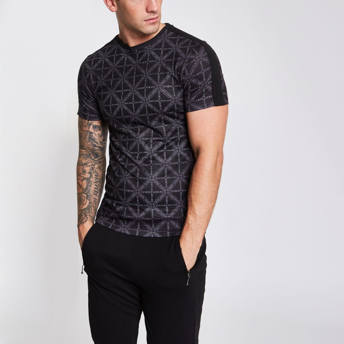 Black RI diamond print slim fit T-shirt