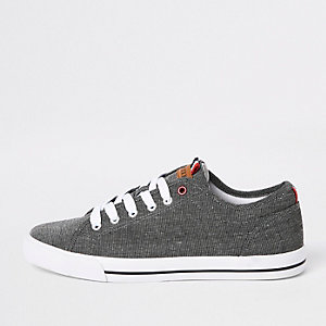Black canvas lace-up plimsolls