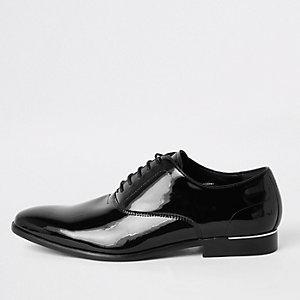 Chaussures Derby noires vernies à lacets