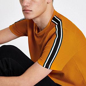 T-shirt slim jaune foncé à bande latérale