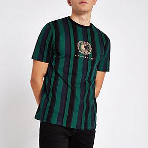 "Grünes, gestreiftes Slim Fit T-Shirt ""R96"""