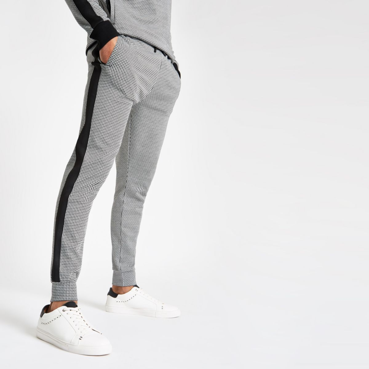 Black houndstooth check slim fit joggers