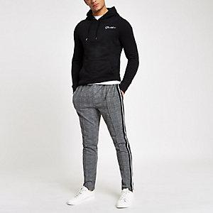 Zwarte aansluitende hoodie met 'prolific'-print
