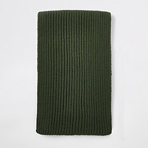 Khaki green rib knitted scarf