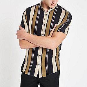 Chemise rayée grège avec col boutonné