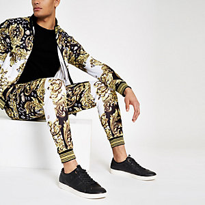 Jaded London – Pantalon de jogging à imprimé baroque noir avec pierres fantaisie