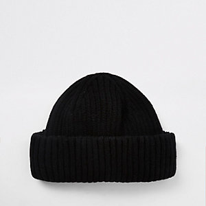 Black mini fisherman beanie hat