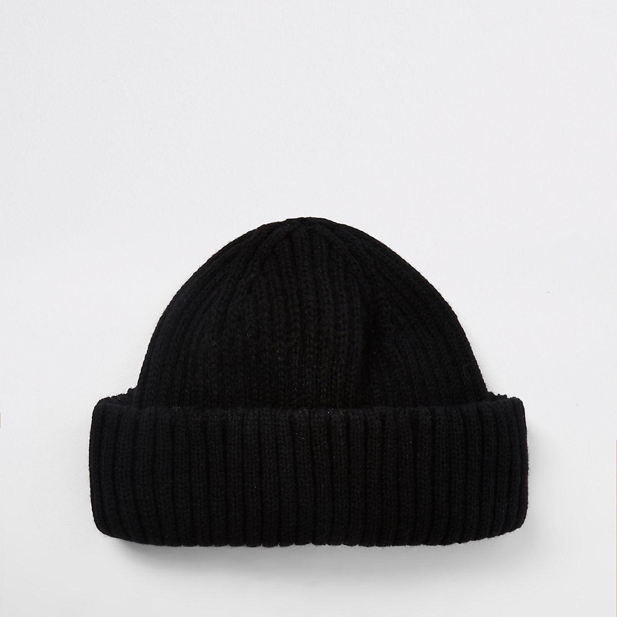 Black mini fisherman beanie hat