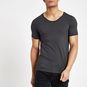 Grey muscle fit scoop neck T-shirt