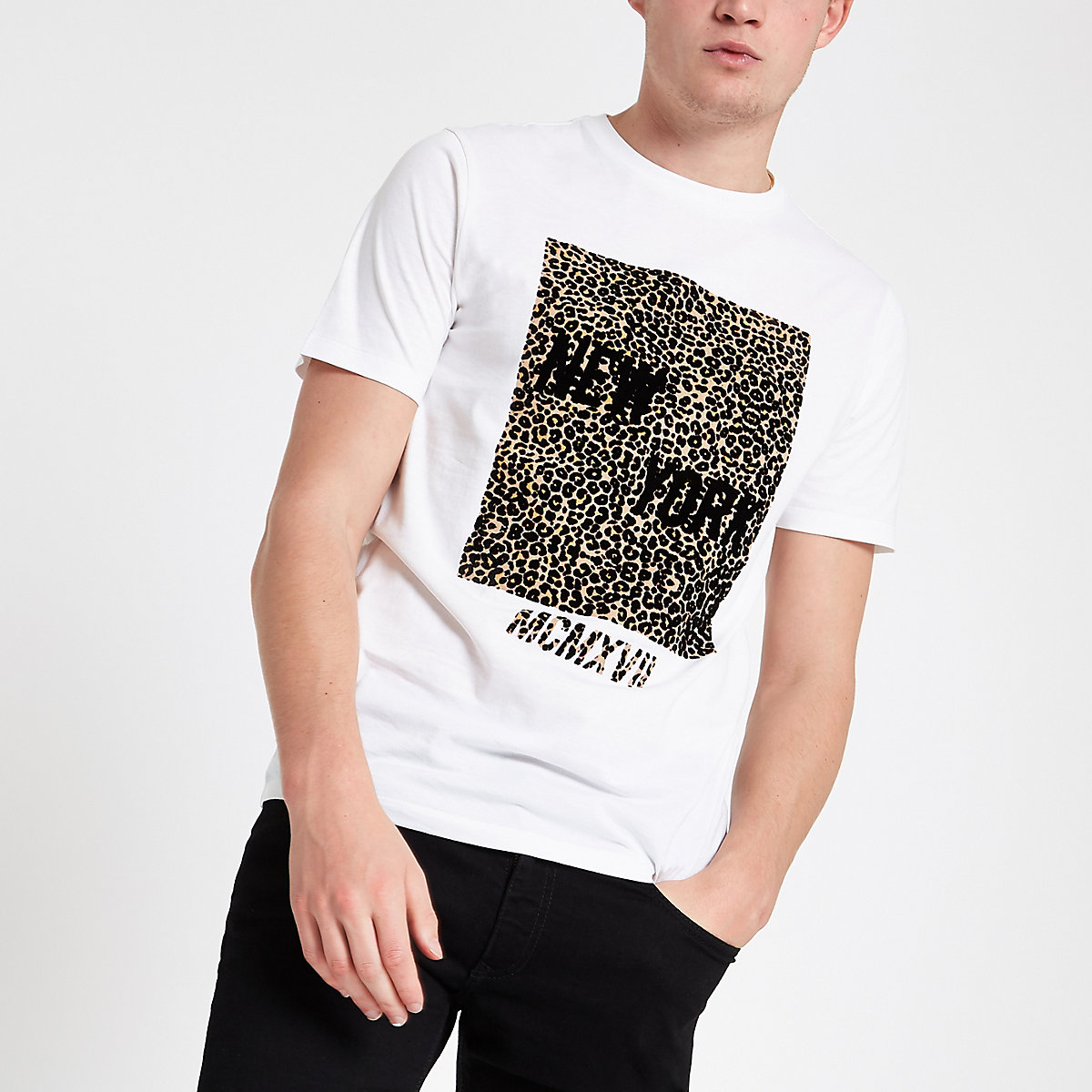 White slim fit  leopard print box T-shirt