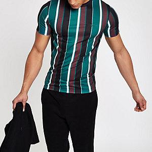 Grünes, gestreiftes Muscle Fit T-Shirt