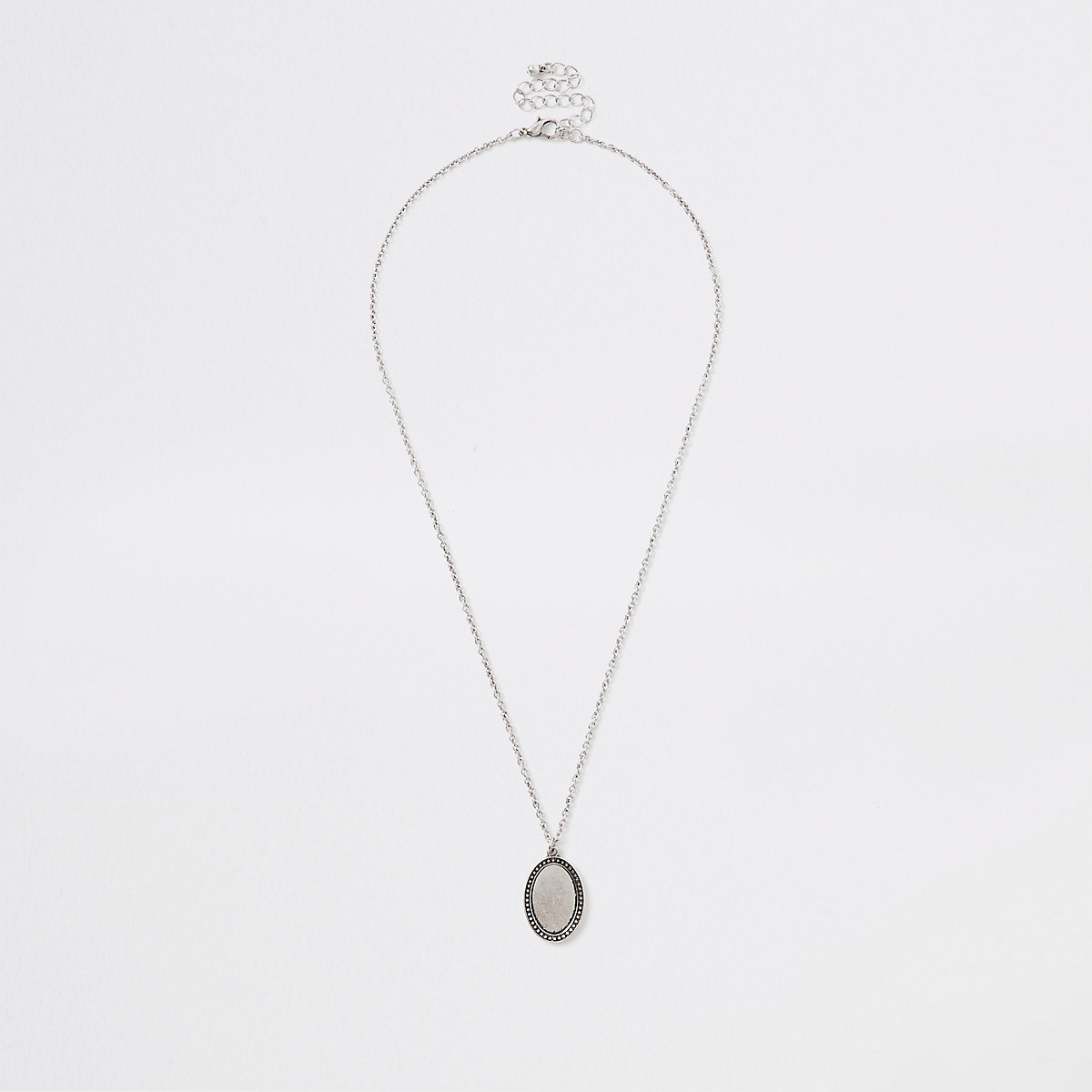 Silver tone oval necklace
