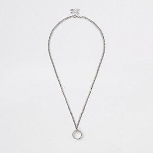 Silberne, grobe Halskette