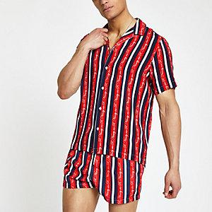 Chemise R96 rayée rouge avec col à revers