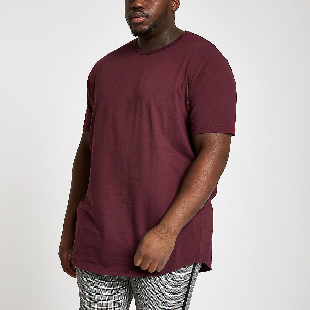Big and Tall burgundy curve hem T-shirt