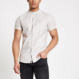 Kiezelkleurig oxford overhemd met stretch zonder kraag