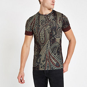 Burgundy paisley print slim fit T-shirt
