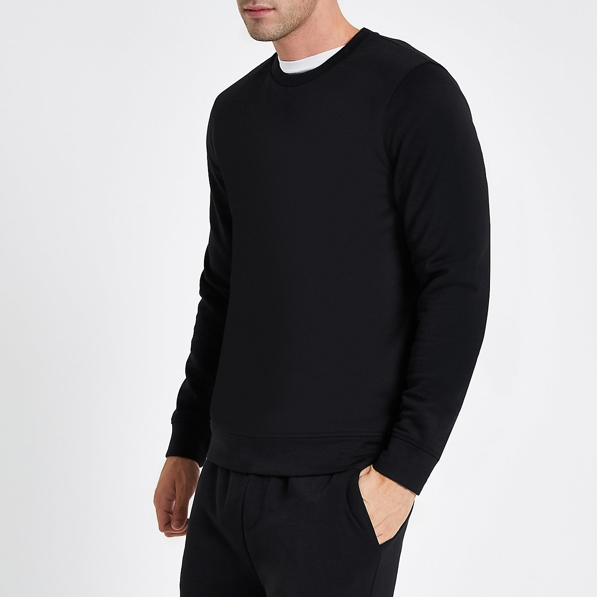 Black crew neck long sleeve sweatshirt