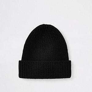 Bonnet en maille noir style pêcheur