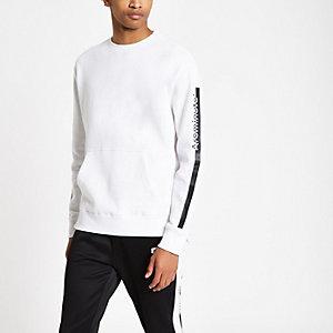 Arcminute – Weißes Sweatshirt mit Rundhalsausschnitt und Streifen