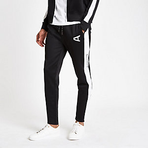 Arcminute black logo joggers