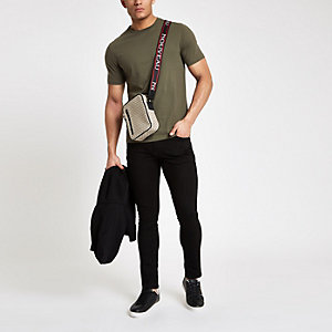 Slim Fit T-Shirt in Khaki mit kurzen Ärmeln