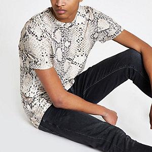 Kiezelkleurig slim-fit T-shirt met slangenprint