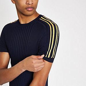 T-shirt ajusté bleu marine côtelé à bandes latérales