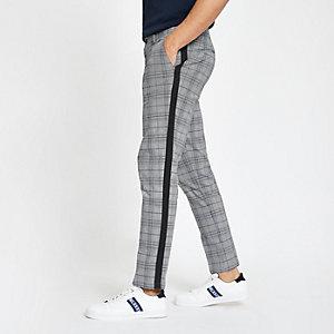 Pantalon chino skinny à carreaux gris avec bandes latérales
