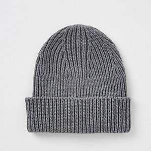 Dark grey fisherman beanie hat