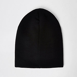 Black slouch beanie hat