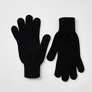 Black knit gloves