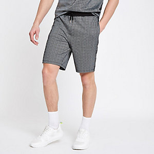 Short slim à carreaux gris