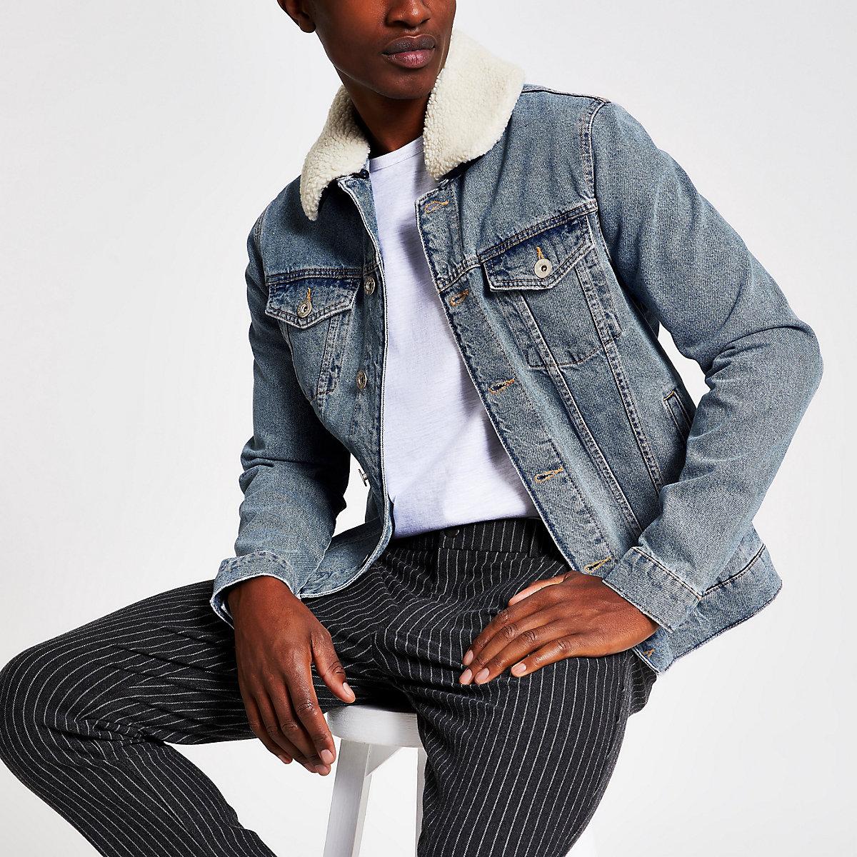 Veste en jean bleu avec col en peau de mouton