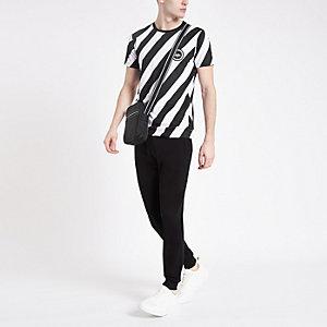 Hype – Schwarzes T-Shirt mit Print