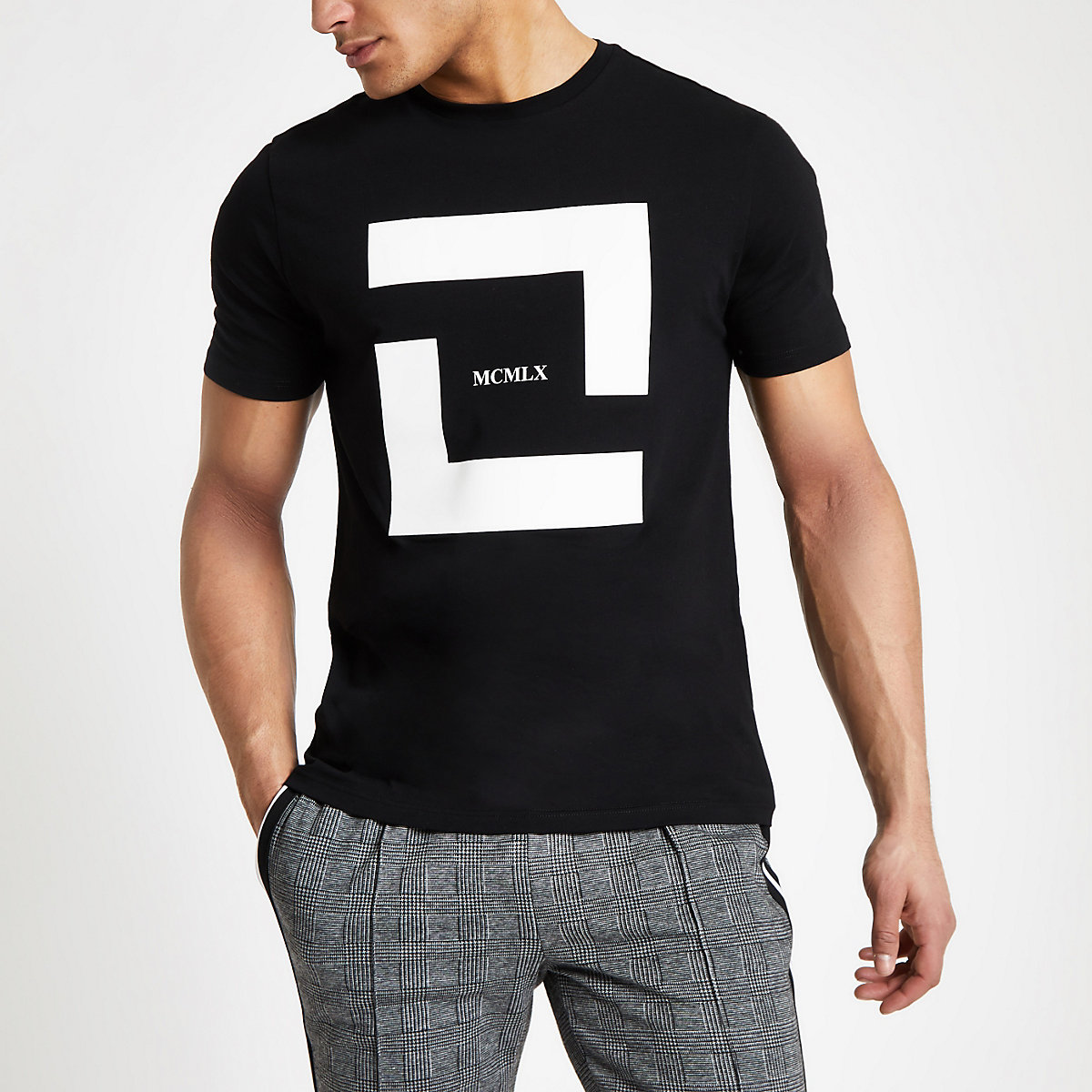 "Schwarzes Slim Fit T-Shirt ""MCMLX"""