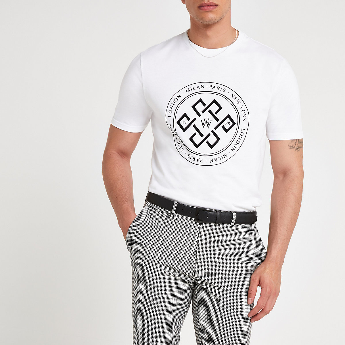White circle flock slim fit T-shirt